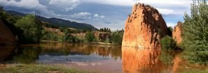 Photo of the Lake at Red Rock Canyon in Colorado Springs